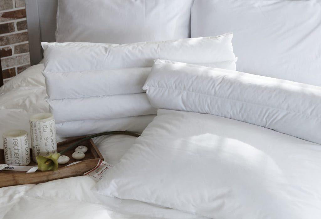 pillow-1890942_1280-o9r32tf0rz54e7tzz4fbnb994huni8tdrw9i75qtzs